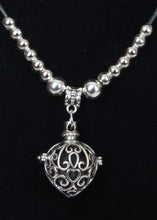 Load image into Gallery viewer, Diffuser Locket Necklaces