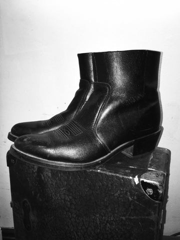 Vintage Ankle Zip Boots (Size 9.5)