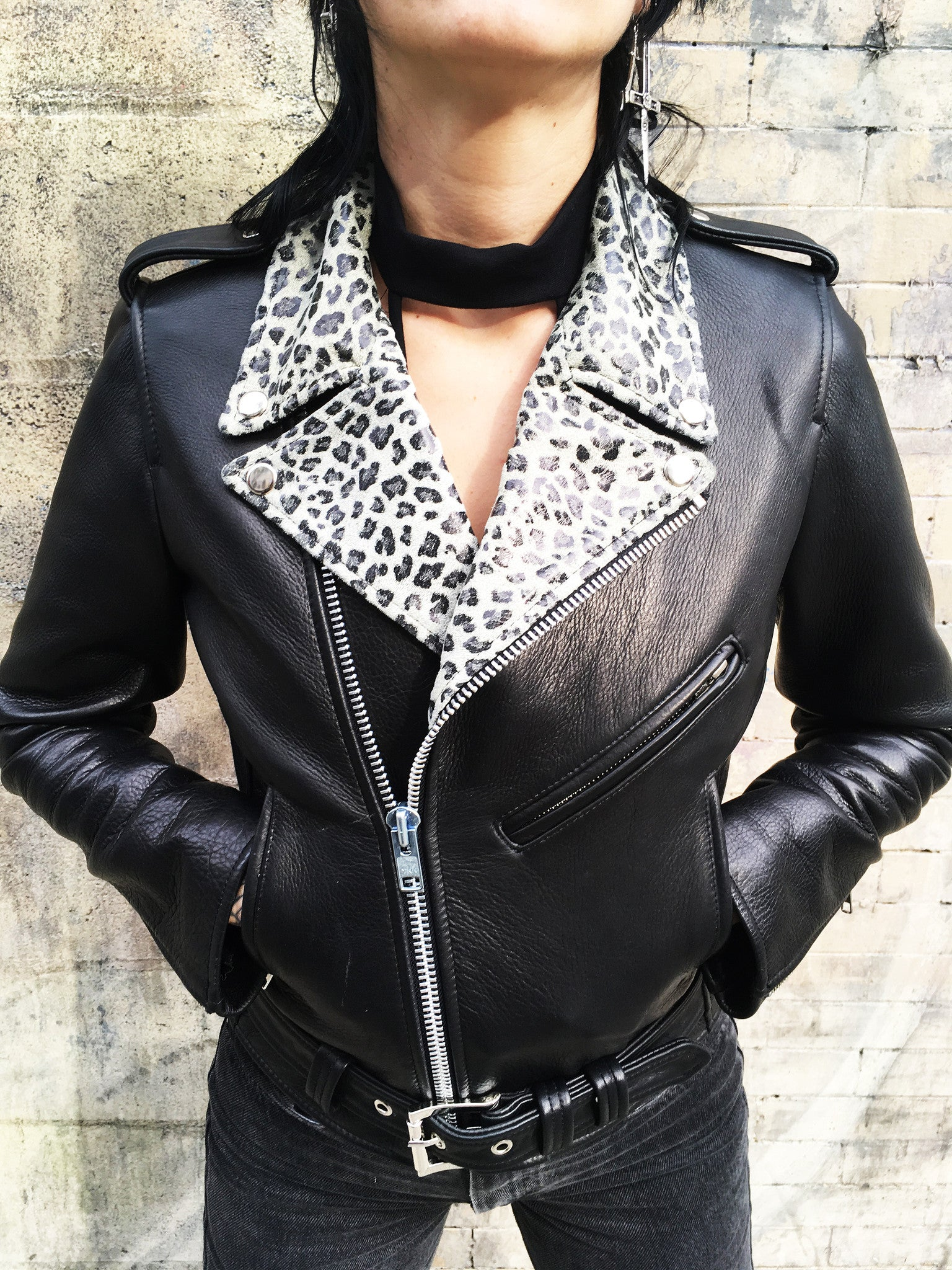 WOMEN'S BOWERY MOTORCYCLE JACKET White/Grey Cheetah Lapels