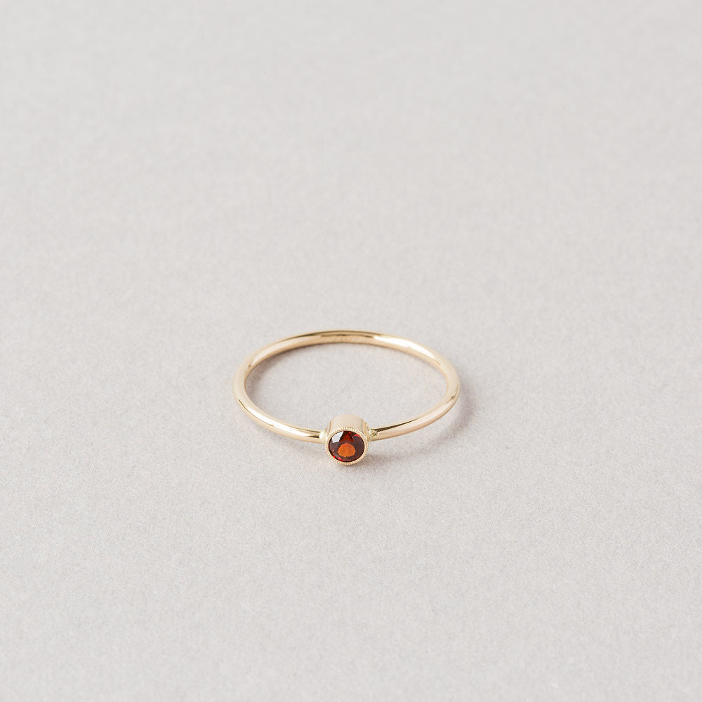 Heirloom-Garnet (January)