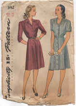 "1940's Simplicity One Piece Shirtwaist Dress with Tulip Pocket - Bust 32"" - No. 1042"