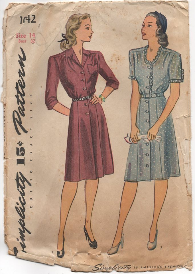 1940's Simplicity One Piece Shirtwaist Dress with Tulip Pocket - Bust 32