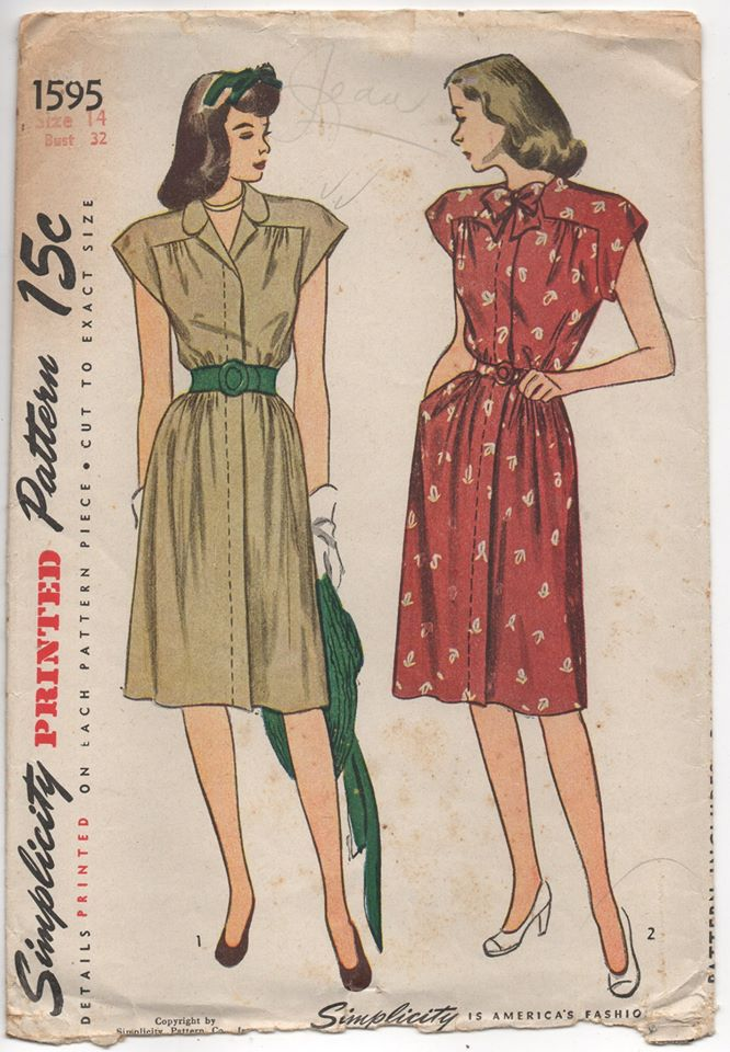 1940's Simplicity Shirtwaist Dress with Angled Yoke and Bow - Bust 32