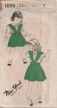 "1940's New York Girl's Pinafore and Blouse with Peter Pan Collar - Chest 26"" - No. 1899"