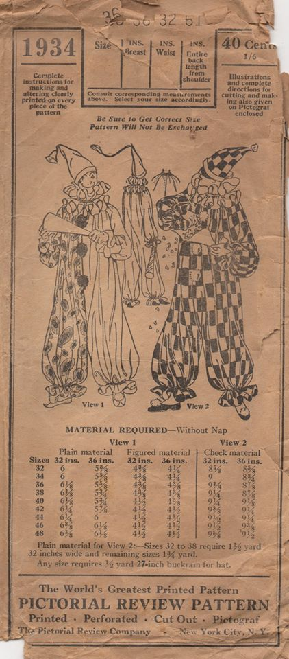 1920's Pictorial Men's Clown Costume and Hat - Chest 36