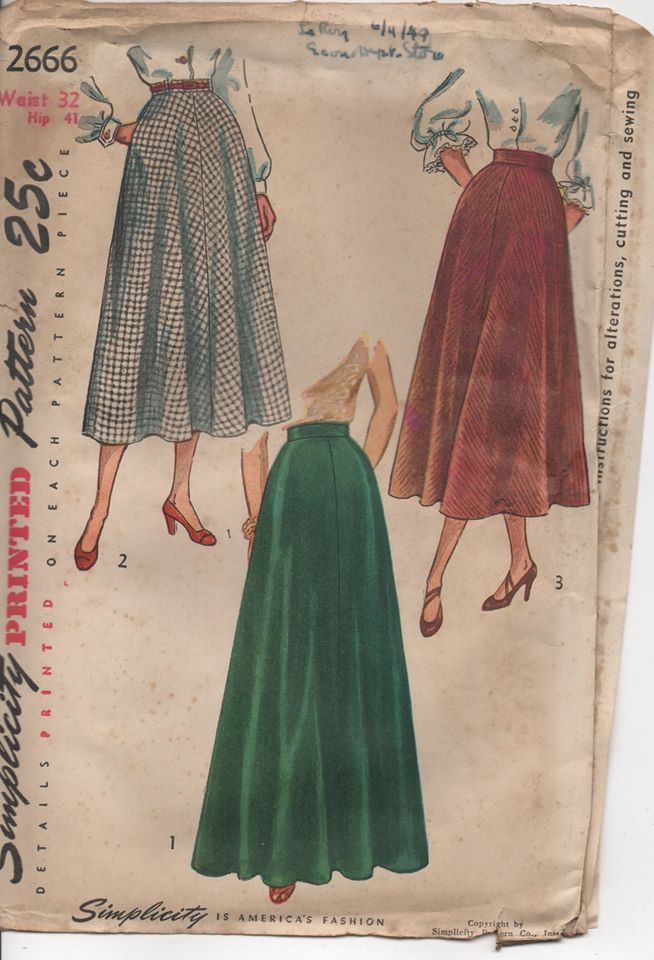 1940's Simplicity Flared Skirt in Two Lengths - Waist 32