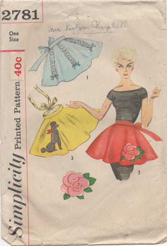 1950's Simplicity Half Apron with Poodle or Large Rose transfer - One Size - No. 2781