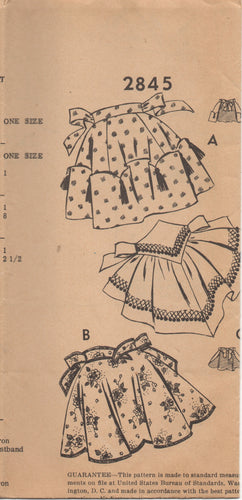 1950's Mail Order Half Apron with Scallops, or Yoke - One Size - No. 2845