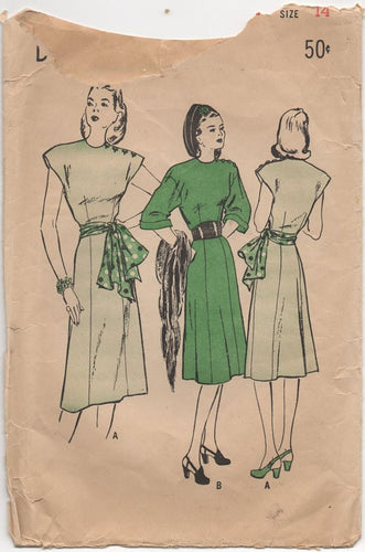 1940's Butterick One Piece Dress with Cap or 3/4 Sleeves - Bust 32