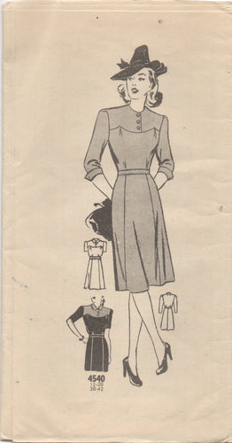 1940's Mail Order One Piece Dress with Large Yoke - Bust 30
