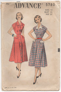 "1950's Advance One Piece Button up Dress with Large Collar - Bust 34"" - No. 5780"