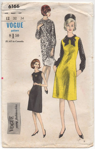 1960's Vogue Young Fashionables Dress with or without sleeves and Blouse - Bust 32