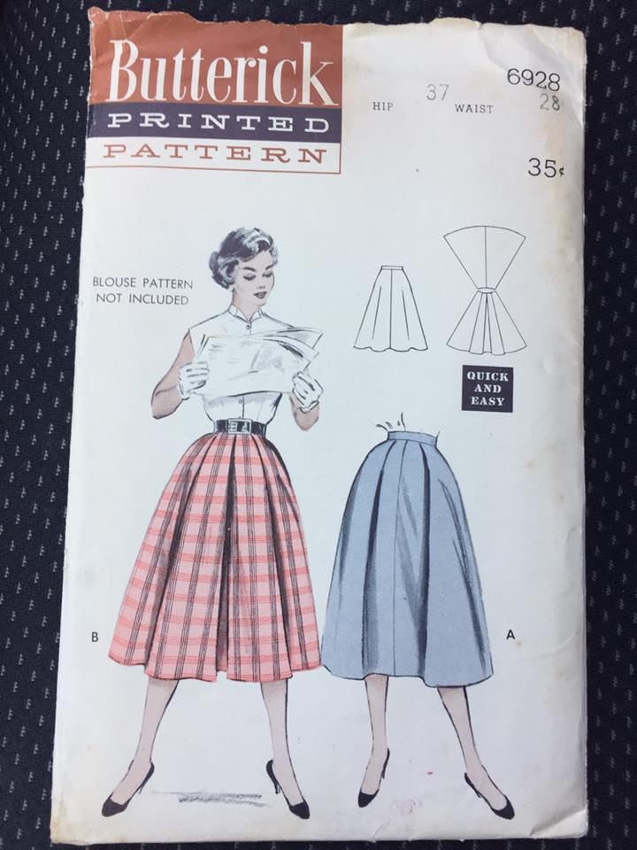 1950's Butterick Pleated Full Skirt - Waist 28
