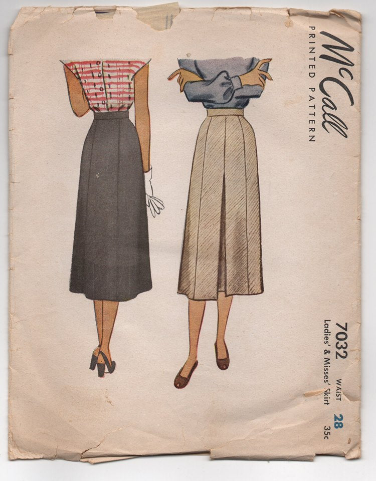 1940's McCall Skirt with Pleated Front - Waist 28