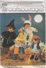 "1980's Simplicity Halloween costumes for 18"" dolls pattern - No. 7116"