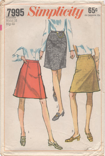 1960's Simplicity Straight and A-line skirt - Waist 38