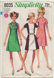 "1960's Simplicity One Piece Dress with or without collar - Bust 36"" - No. 8035"