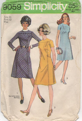 1970's Simplicity One Piece Shift Dress with Tab Waist Pattern - No. 9059