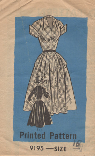 1950's Mail Order One Piece Dress with softly pleated front - Bust 36