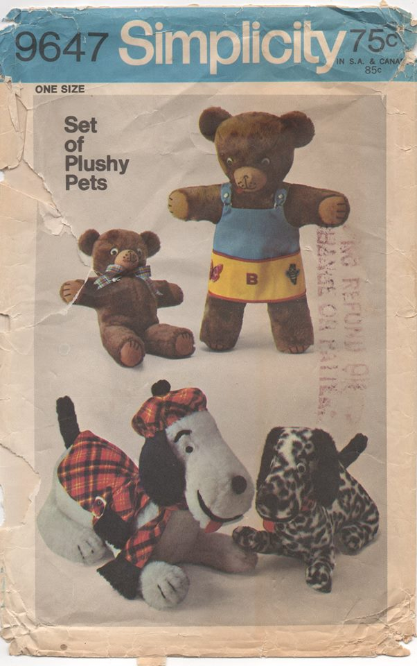 1970's Simplicity Set of Plush Pets (Small and Large Bear and Dog) with clothes - No. 9647