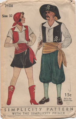 1930's Simplicity Pirate Costume for Men and Women, includes Hat - Chest 32
