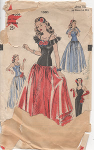 "1940's Hollywood Gown with ruffle top and Cape - Bust 30"" - No. 1501"