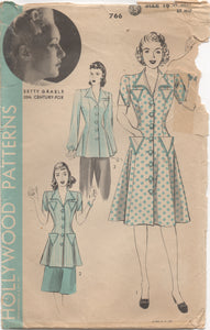 "1940's Hollywood Coat Dress with Triangular Pockets feat. Betty Grable - Bust 34"" - No. 766"