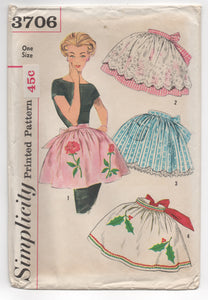 1960's Simplicity Half Apron in 4 Style and Unused Transfer - OS - UC/FF - No. 3706