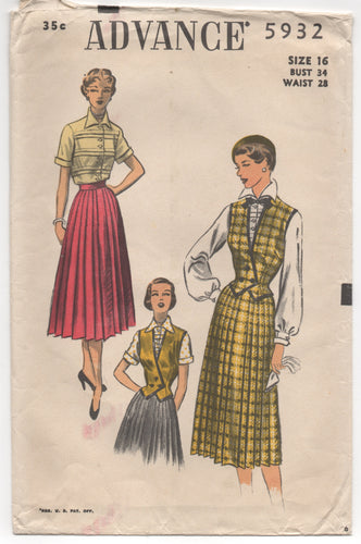 1950's Advance Tucked Blouse and Pleated Skirt - Bust 34