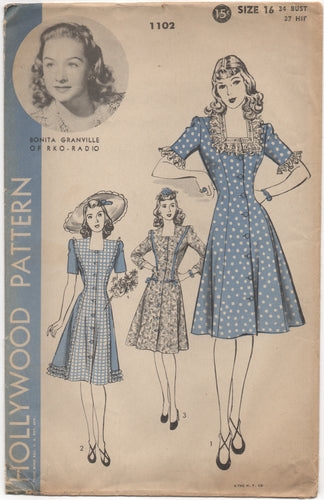1940's Hollywood One Piece Button Up Dress with Square neckline - Bust 34