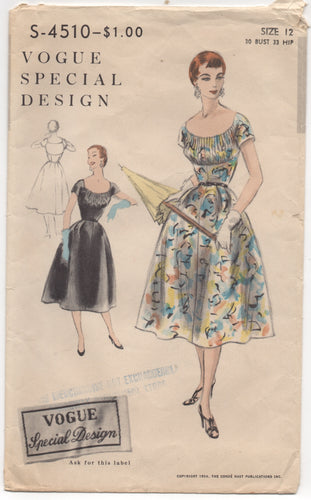 1950's Vogue Special Design Cartridge Pleated Bodice Dress Pattern - Bust 30