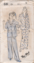 "1940's New York Two Piece Pajamas with Two Sleeve styles - Bust 30"" - UC/FF - No. 681"