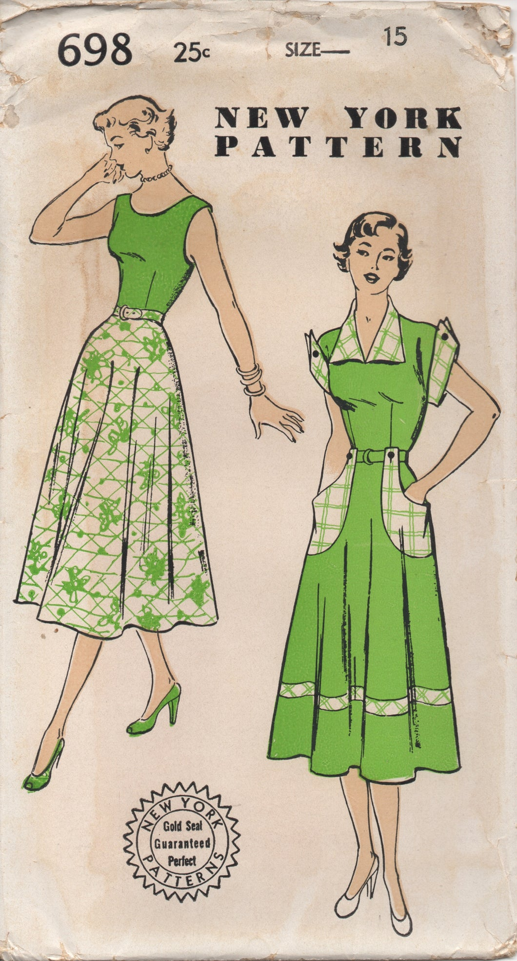 1940's New York One Piece Dress with Large Pockets, Cuffs and Collar - Bust 33