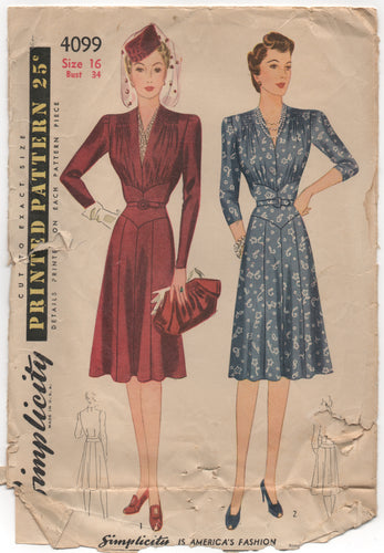 1940's Simplicity One Piece Dress with Shirred Shoulders and Detailed Waist - Bust 34