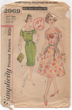 "1950's Simplicity Slim or Full Skirt Day Dress with Sailor collar - Bust 35"" - No. 2969"