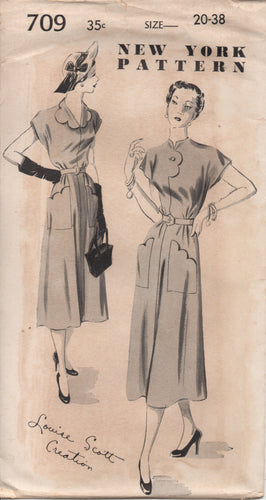 1950's New York by Louise Scott One Piece Dress with Scallop Collar and Pockets - Bust 38