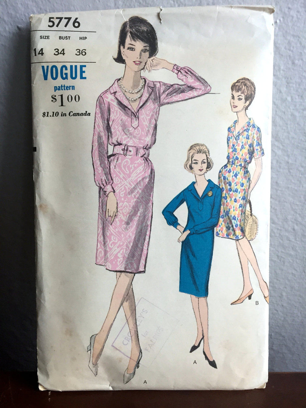 1960's Vogue Relaxed Day Dress with Two Sleeve Lengths Pattern - Bust 34