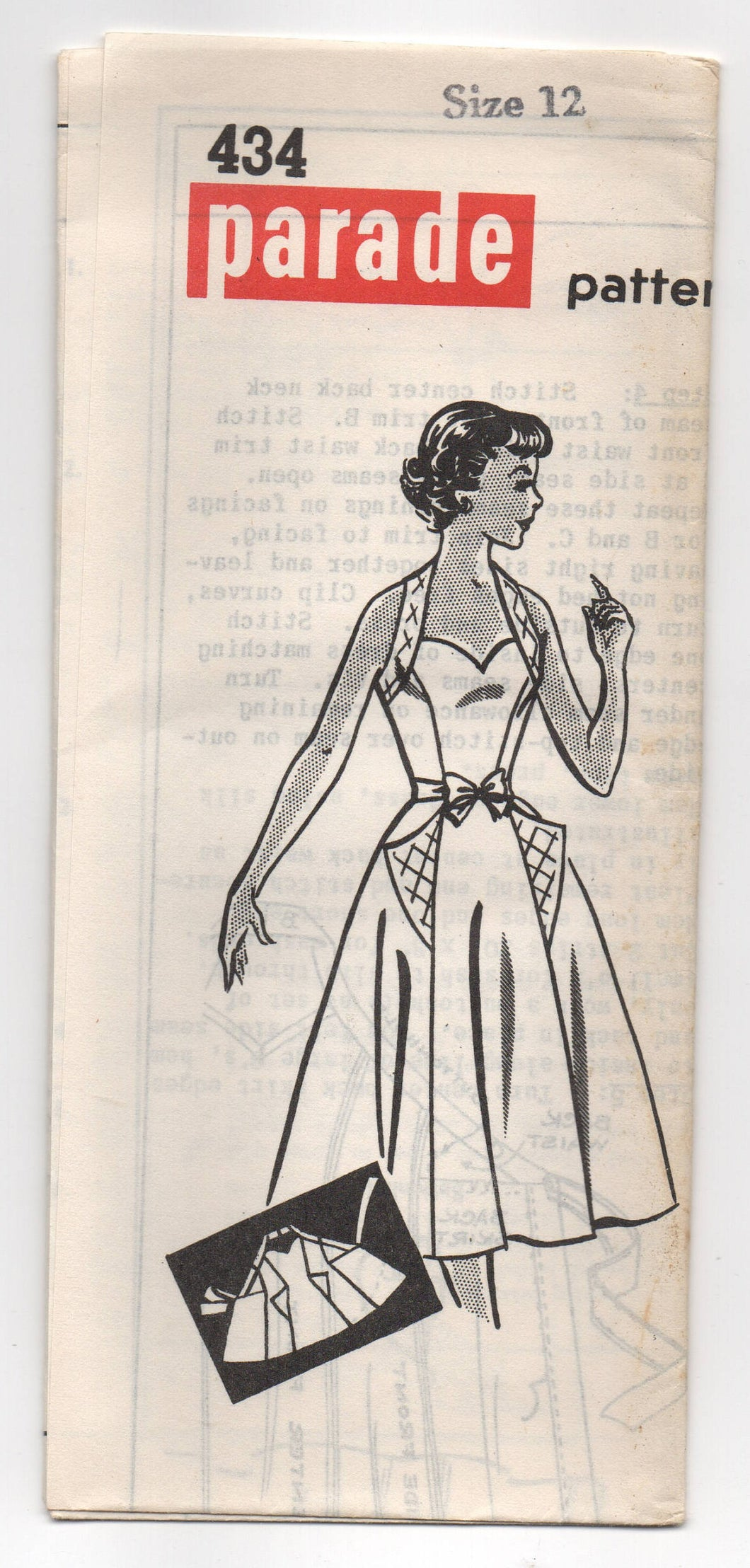 1950's Parade One Piece Halter Wrap Dress with Sweetheart Neckline and Large Pockets Pattern  - Bust 30