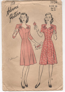 "1940's Advance Princess cut One Piece Dress with Ties at Neckline Pattern - Bust 31"" - UC/FF - No. 3959"