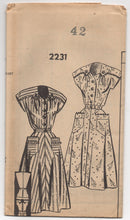 "1940's Mail Order Day Dress with Yoke with Drop Downs and Pockets - Bust 42"" - No. 2231"