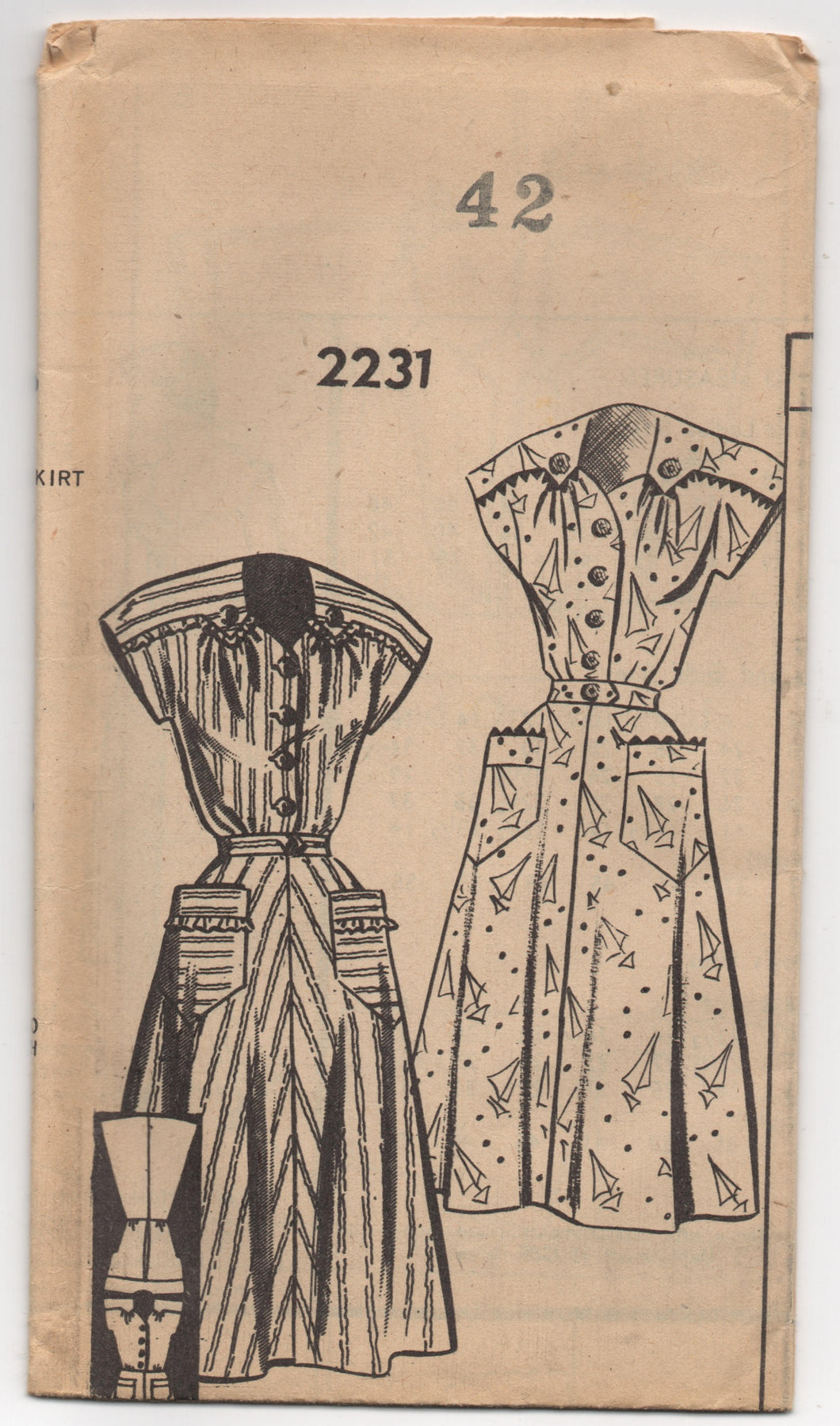 1940's Mail Order Day Dress with Yoke with Drop Downs and Pockets - Bust 42
