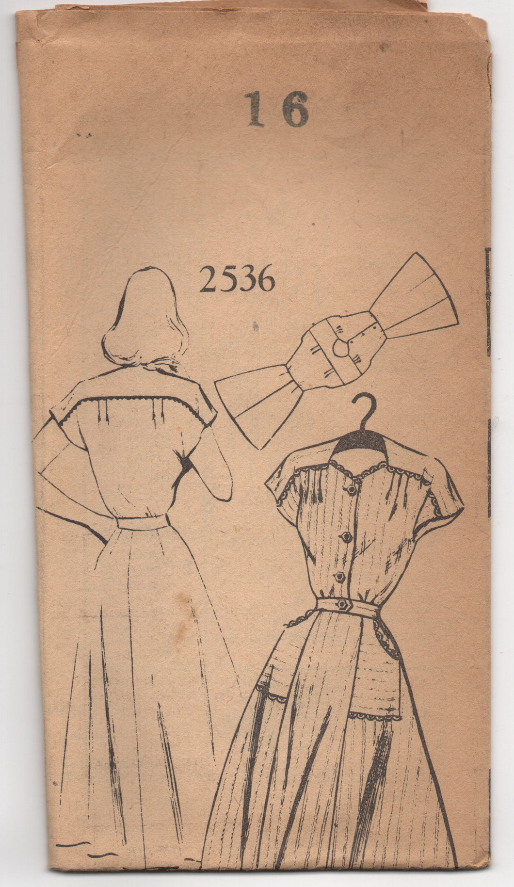1940's Mail Order One Piece Dress with Moulded Shoulders and Pockets - Bust 34