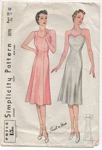 "1940's Simplicity Slip Pattern with wide or thin straps - Bust 38"" - No. 3076"