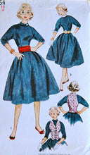 1950's Simplicity Full Skirt Dress, Vest, Cummerbund, Collar and Cuffs Pattern - Bust 28 - no. 3954