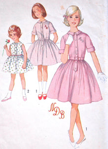"1960's Simplicity Girl's Dress Pattern - Breast 23"" - no. 4829"