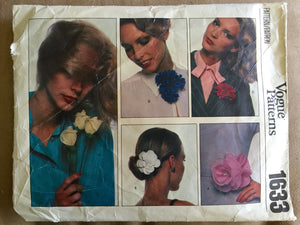 1970's Vogue Craft Flower, Dogwood, Rose, Carnation Pattern - no. 1633