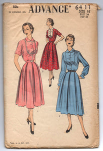 "1950's Advance One-Piece Dress with contrast front Pattern - Bust 34"" - No. 6411"