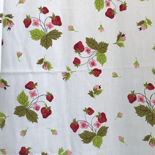 1950/60's Strawberry bunches fabric on white