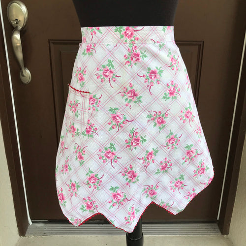 1950's Pink Floral apron with pocket - Half Apron - Cotton