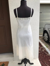 1960's Barbizon Cream slip - Bust 40""